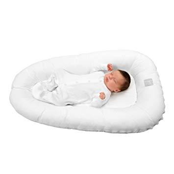 réducteur de lit bébé