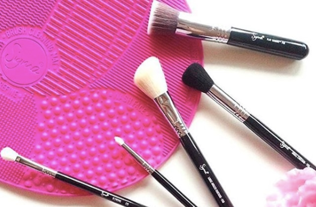 nettoyer pinceau maquillage