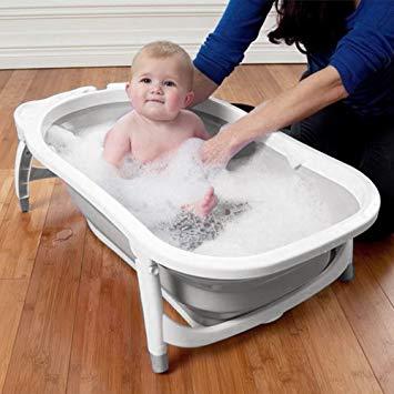 baignoire de bébé
