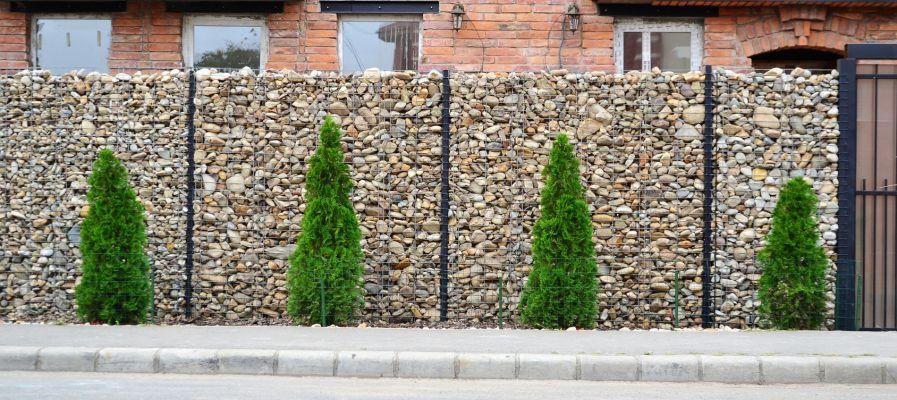 mur pierre grillage